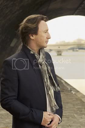 Julian Lennon portrait